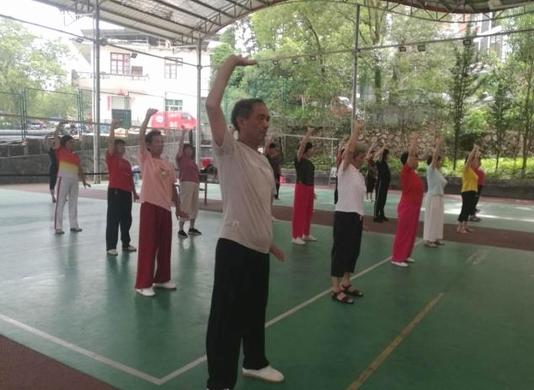 清流老体协开展健身气功教学活动 传网.jpg