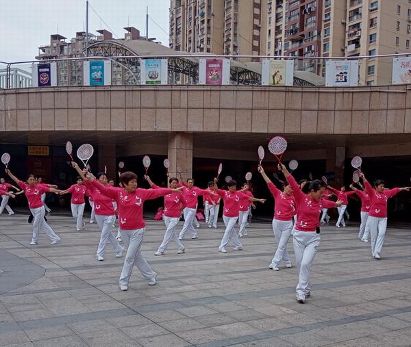 三明市柔力球分会举办最新健身套路培训 小.JPG